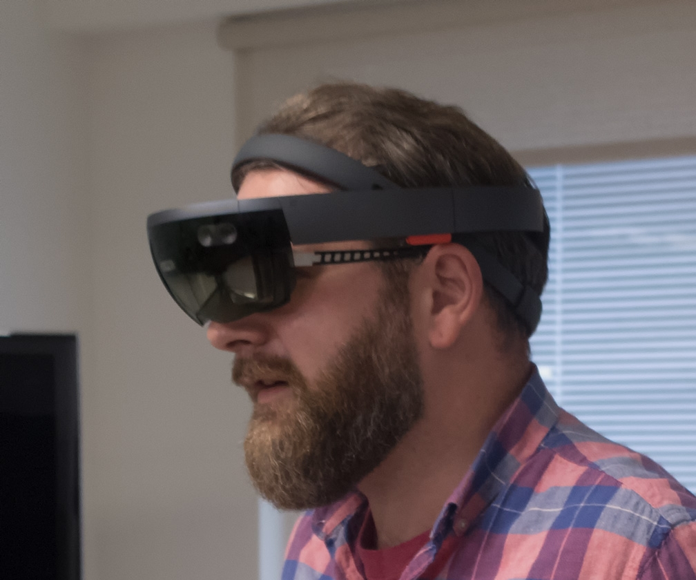 Here's what the Microsoft HoloLens can do for designers and artists