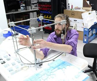 How to build your own 3D printer